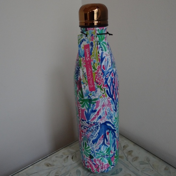 674e7aac2b Lilly Pulitzer Accessories | Swell 25 Fl Oz 750 Ml Bottle New | Poshmark
